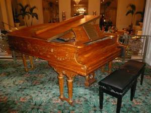 Cole Porter's piano at the Waldorf